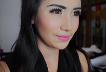 Makeup for party or graduation by Sandra Bridal and Makeup Academy