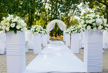 Amazing outdoor wedding setup by Merit Events