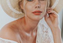 Melinda by Peter Simon Photography