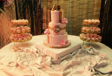 Blush and gold by Sweet Maven cakes and pastries by poochie tayag