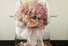 Glass Dome Dried Flower by Magnolia Dried Flower