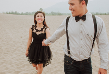 The pre wedding from gung yoga + nurra by Bali Moments Photography