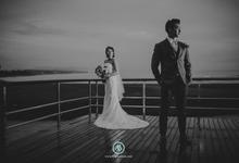 Wedding photo of K & L by MAJAartisan