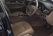 Mercedes Benz CLS 500 Mobil Pengantin Surabaya by SENTOSA JAYA VIP WEDDING CARS SURABAYA