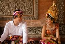 Bespoke Wedding Jewelry & Accessories by The Glint & Glaze