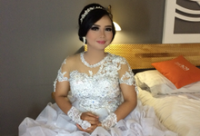Wedding esther and anto by Devie Setyanto Make up Artist