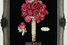 SINGLE DRIED Handbouquet wedding And corsage by Magnolia Dried Flower