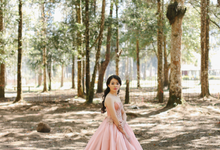 Adit & Lili Prewedding by Famelia Lim Couture