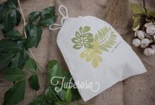 Canvas & Calico by Tuberosa Souvenir