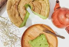 Chiffon Cakes Pandan and Earl Grey by bakeforgood
