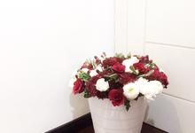 Classic Red (Wrapped Bouquet) by Fleur de Lis