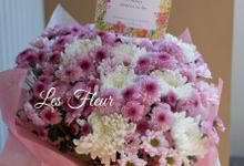 Gift Handbouquets by Les Fleur Flower Design