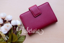 Card holders by Tuberosa Souvenir