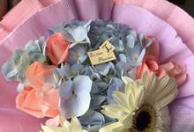Fresh Flowers Bouquet  by Levian Florisen