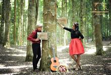 Andi & Dian Prewedding Casual theme by AdithyaPerabawa Photograph