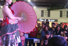 Pasar Tiban 5 Payung fantasi show Anne Avantie  by Sisi Wedding Consultant & Stylist