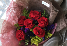 Vivid Theme Bouquet  by Levian Florisen