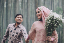 Tika And Bagus Prewedding Photo Session by Bundle of Dreams