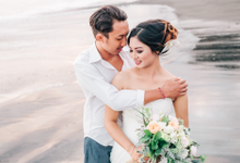 Sweetescape Gustra & Yuli by AR Photo