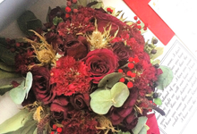 Classic Package - Red Valentines by CONSERVÉ FLOWER PRESERVATION