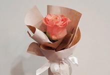 Single Flower by La Belle Vie flower