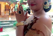 Balinese wedding by kira-kira nail studio