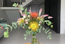 Flower arrangement by chezhemdi