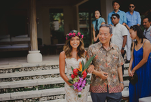 Brian & Jen's Tropical wedding by Anseina Brides