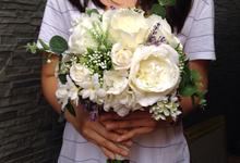 Wedding bouquet, boutonniere & corsage by tukki wedding stuff
