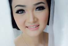 Wedding of Ronald and Dr. Mery by Vidi Daniel Makeup Artist managed by Andreas Zhu