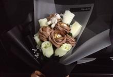 Souvenir & Favor Bouquet by La Belle Vie flower