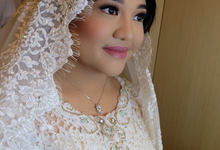 Wedding make up for Tara Rawindra (Javanese Paes& Padang) and Kathya Paramitha (National) by Yoga Septa Make Up Artist