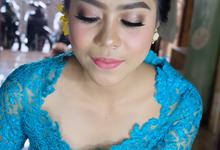 Graduation Make Up Puspa by jrmakeup_bali