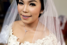 Wedding of Novita  by deZee Makeup and Wedding service