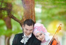 Couple by AYURA PHOTODUCTION