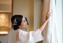 Sabar & Tiara Wedding Day by Nike Makeup & Hairdo