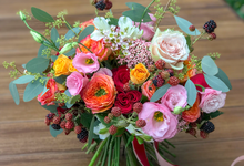 Orange, coral, pink, and red ❤️ by Florals Actually