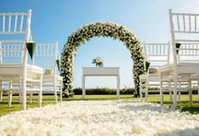 Timeless Classic Wedding Theme by WiB flowers