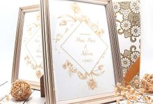 Exclusive Frame Gold Include Packaging by Fine Souvenir