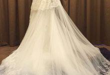beautiful brides by De Reina Bridal