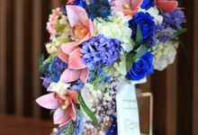 Blue & Pink Fine Artificial Handbouquet by HelloSpringfleur
