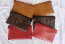 """""""standard"""" leather pouch for Laila&Dwi wedding✨ by Gemilang Craft"""
