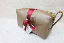 Premium boxy pouch packaging ribbon James & Nancy by Gemilang Craft