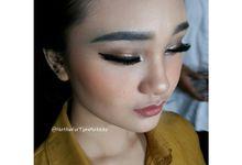 Graduation Fashion Show UKM Modelling UK.Petra by Nathalia Tjan Makeup