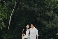 The Engagement Session of Niko & Feby by Lavene Pictures