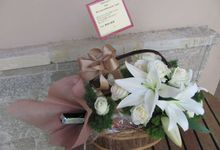 Gift Box -Wine & Others by Bali Florist-Studio Alami