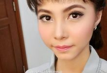 Engagement Makeup by Athelina Luize Make Up Artist