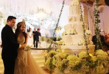 ADIEZY & GILANG WEDDING by RR CAKES