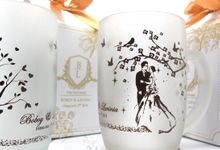Frosted Drinking Glass Include Packaging by Fine Souvenir