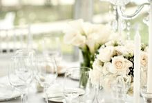 A Glass House by Tea Rose Wedding Designer